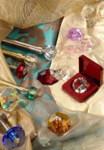 Карнизы с кристаллами